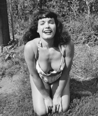 Bettie296_thumb_2445x0