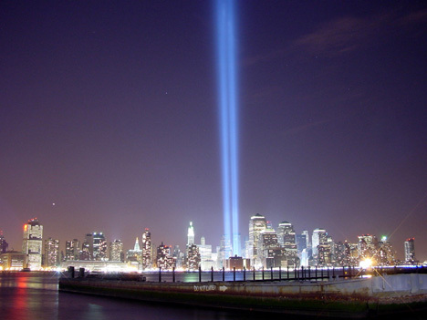 Wtc_tributeinlight_world_trade_cent